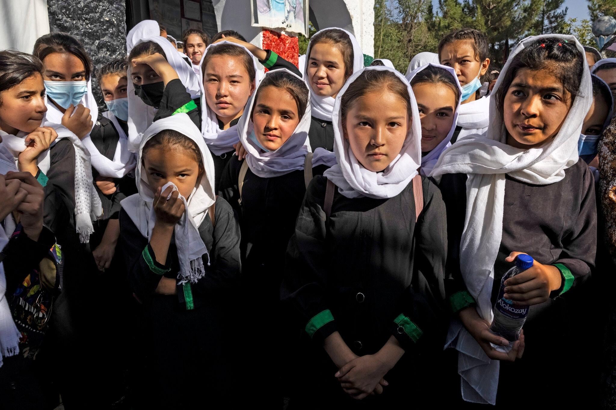 وحشت دختران افغان از سایه طالبها
