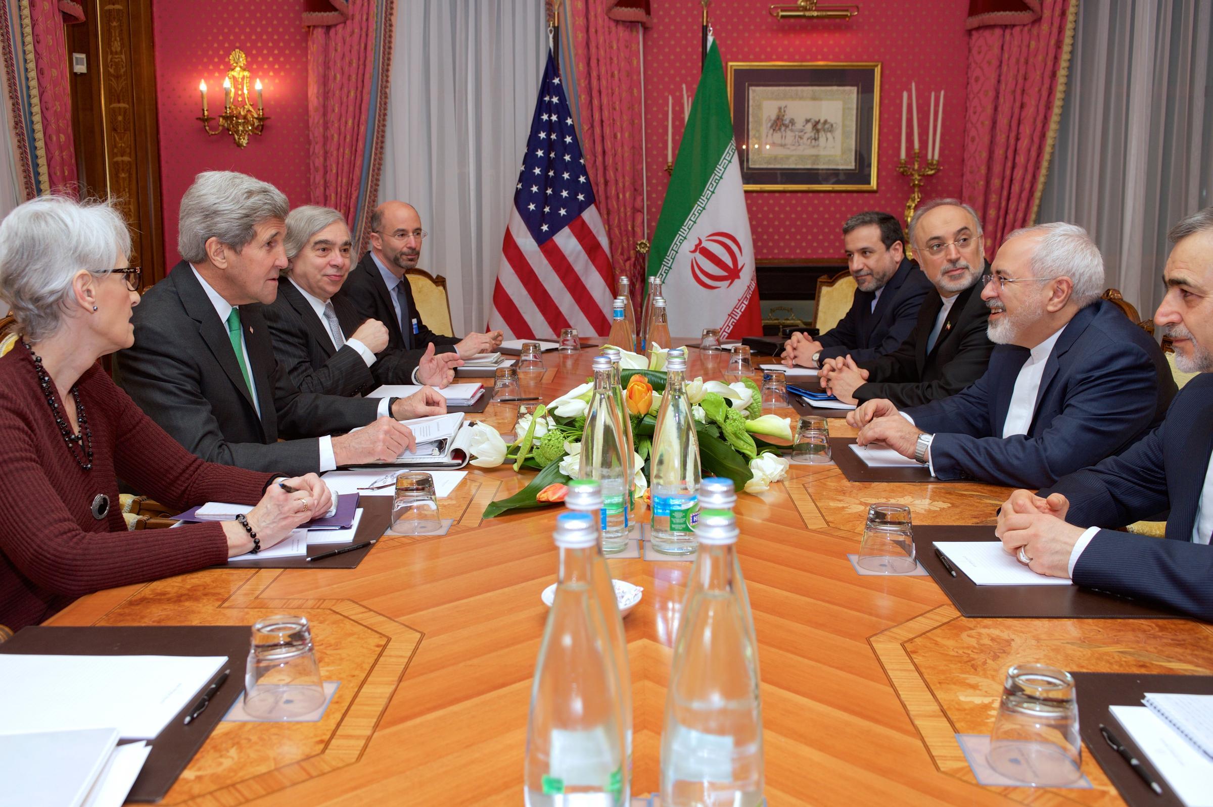 رابرت مالی مذاکرات هستهای