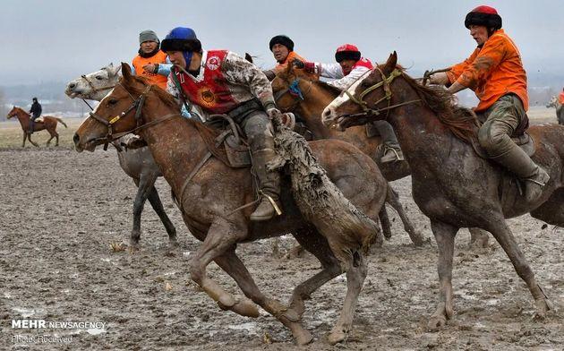 3733177_los-jinetes-kirguisos-practican-el___Z10xwKqt-f_1200x0__1