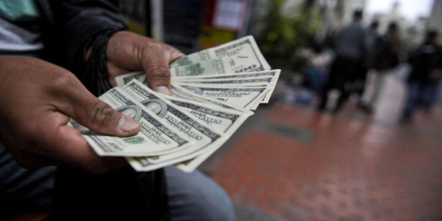 ریزش شبانه قیمت دلار با یک خبر/ورق در بازار ارز برگشت؟