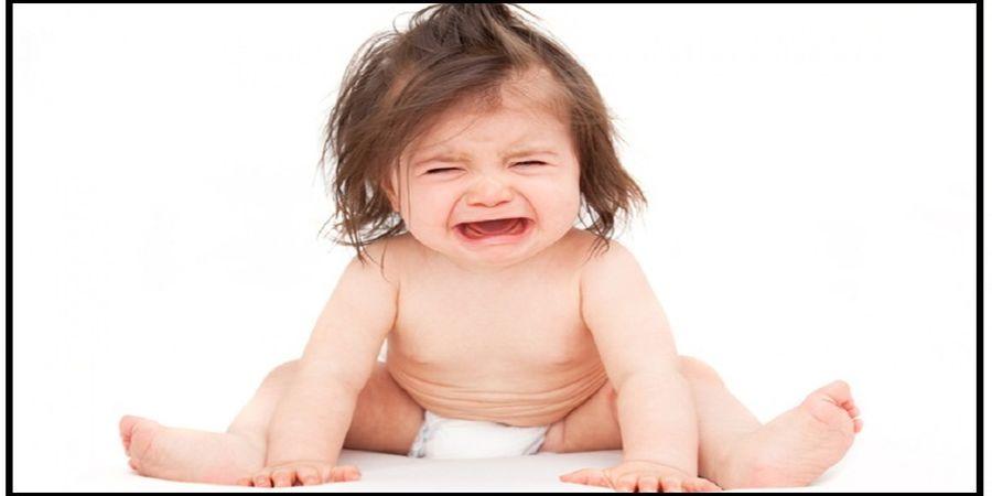 این نوزاد نمی تواند گریه کند!