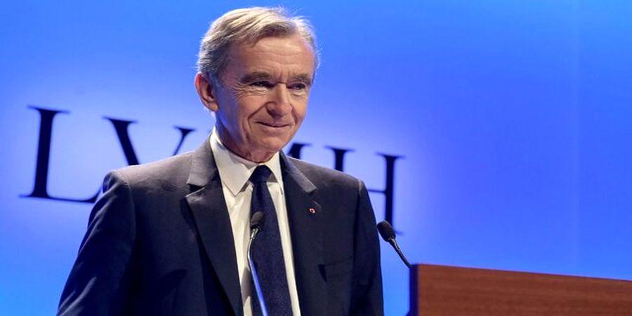 این مرد فرانسوی ثروتمندترین فرد جهان شد /جف بزوس کنار رفت