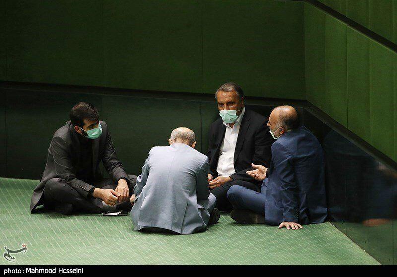 تصاویری جالب در حاشیه صحن علنی مجلس