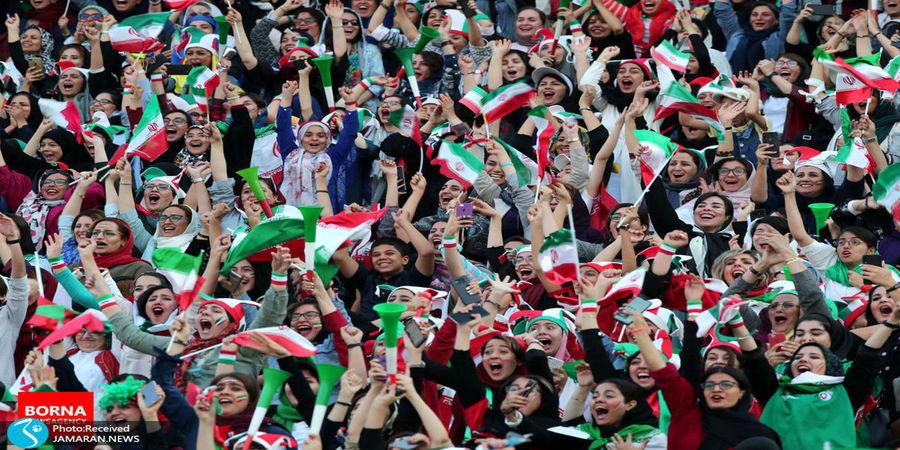 زنان به وزرشگاه می روند/ مجوز حضور بانوان در دیدار ایران و کره جنوبی صادر شد