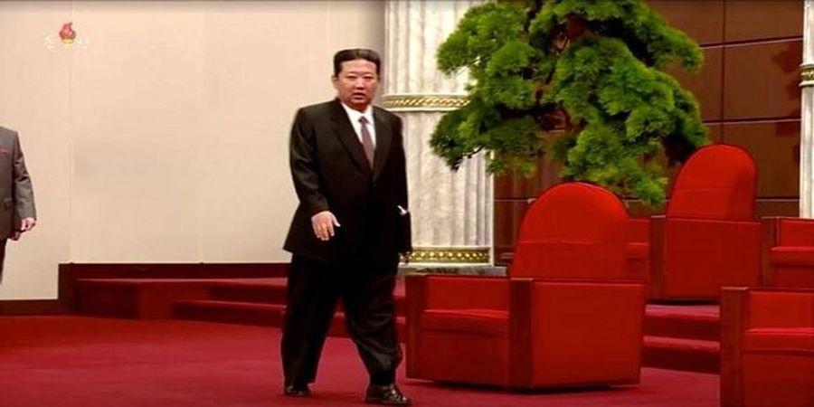 صندلهای رهبر کره شمالی سوژه شد!+عکس