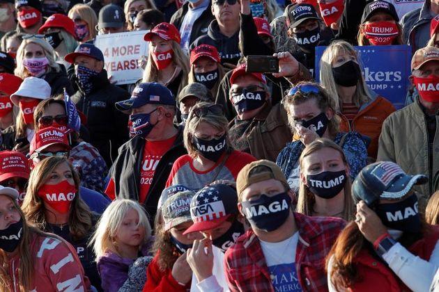 تصاویر  اقدام خطرناک کمپین انتخاباتی ترامپ