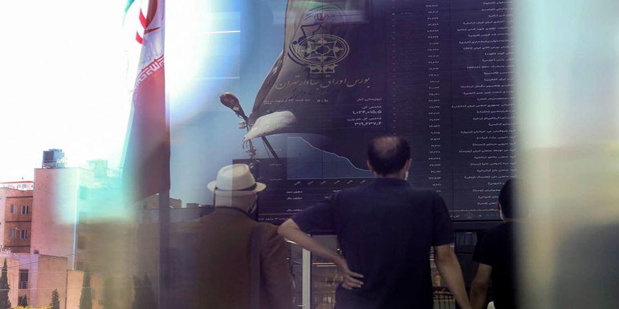 بورس در انتظار خبر مهم نشست باب همایون/ بانکداران برای بازار چه می کنند؟