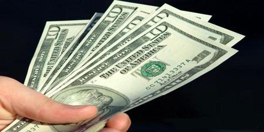 قیمت بی سابقه برای دلار در ابتدای پاییز/ کاهش عرضه دلار و یورو در بازار رسمی
