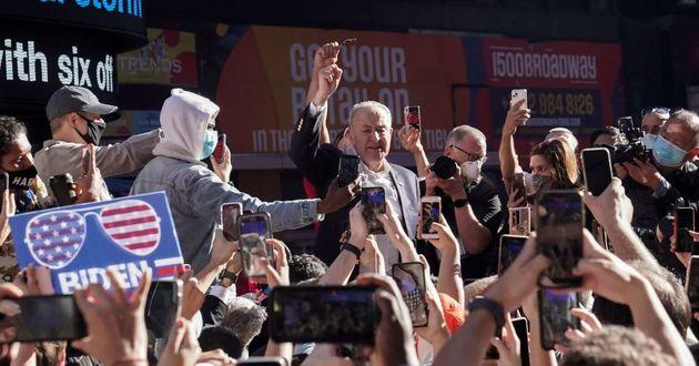برندهها وبازندههای انتخابات به خیابانها ریختند/ تصاویر