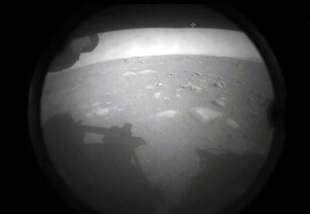 نخستین_تصویری_که_کاوشگر_«استقامت»_ناسا_پس_از_فرود_بر_مریخ_ارسال