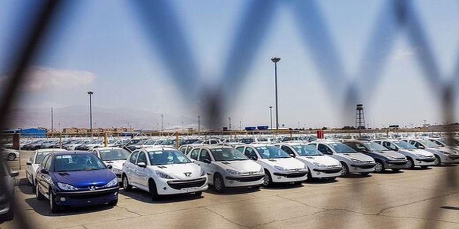 کاهش قیمت خودرو در بازار امروز+جدول