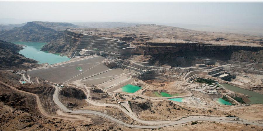 قرارگاه خاتمالانبیا در حال اجرای 300 پروژه بزرگ ملی