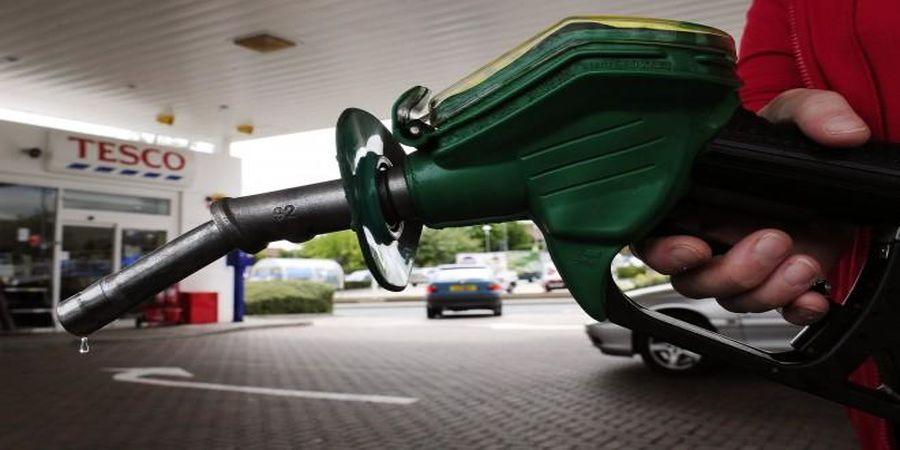 قیمت بنزین در 1401 گران می شود؟