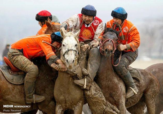 3733175_los-jinetes-de-kirguistan-participan___lfq1LXqe_4_0x750__4
