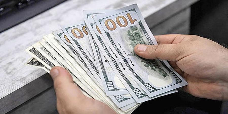 2 علت صعودی شدن قیمت دلار /سکه امامی گران شد