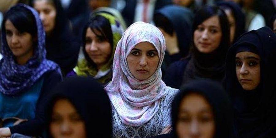 خبری از طالبان درباره بازگشت زنان به محل کار