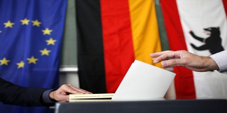 آلمان؛ بنز، بکنبائر و دموکراسی حزبی