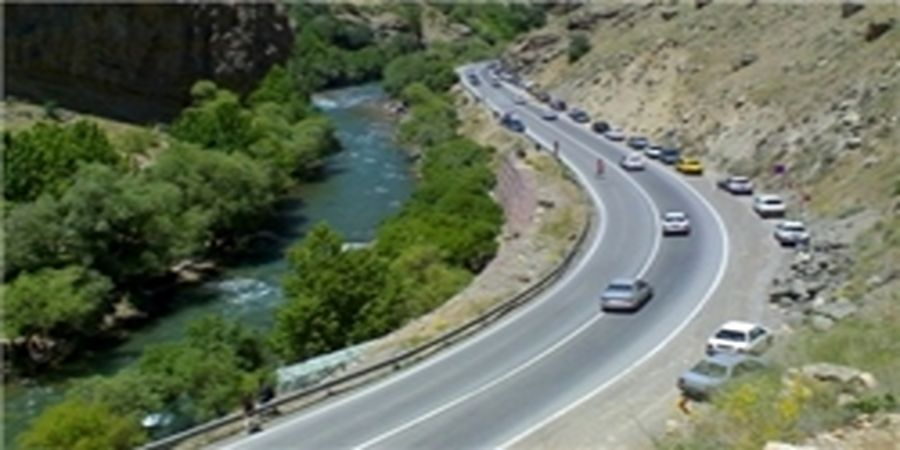 ممنوعیت کامل تردد در جاده فیروزکوه/ هشدار توقیف خودرو+فیلم