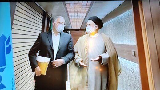 حمله زاکانی به دولت روحانی /کای می کنیم بچه دار شدن آرزوی زوج های ایرانی نشود