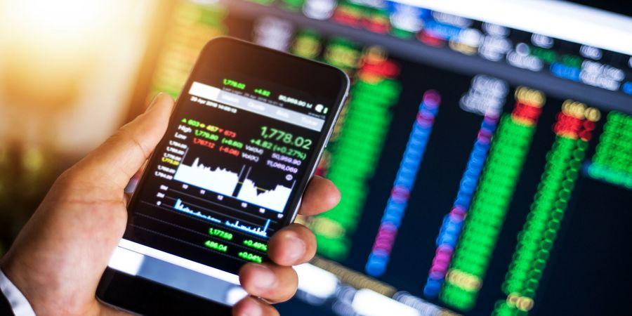 بازار سهام چشم انتظار یک اتفاق