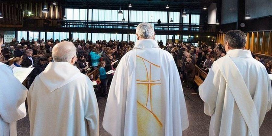 رسوای جدید برای کلیساهای فرانسه/ آزار جنسی هزارن کودک