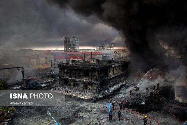 آتش سوزی و انفجار در کارخانه شیمیایی - شهرک شکوهیه قم