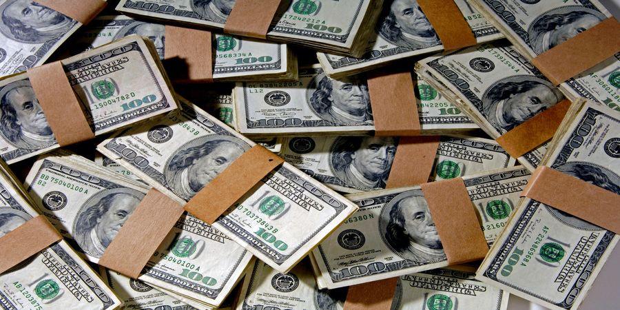 واکنش قیمت دلار به سفر گروسی