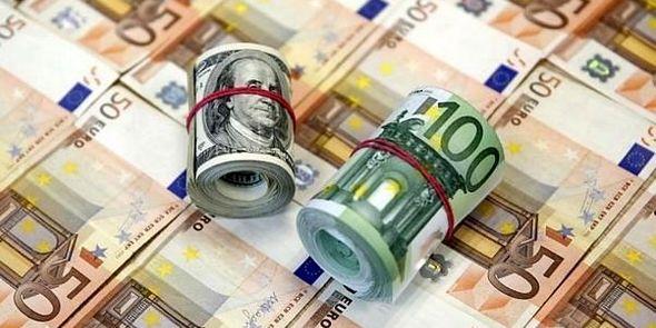 عرضه یورو افزایش یافت/حرکت خلاف جهت دلار