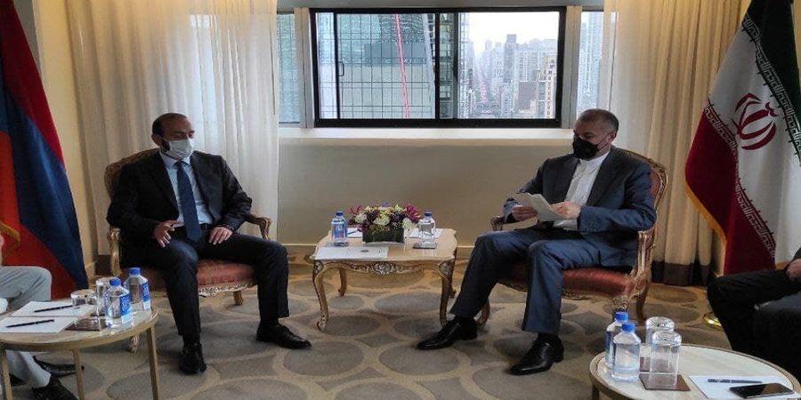 محور گفتوگوی امیرعبداللهیان در دیدار با وزیر خارجه ارمنستان