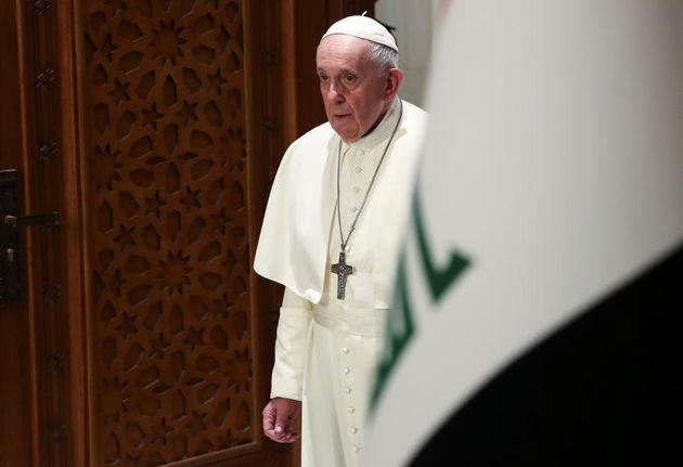پاپ_فرانسیس_برای_سخنرانی_خود_طی_مراسمی_در_کاخ_ریاست_جمهوری_در_بغداد