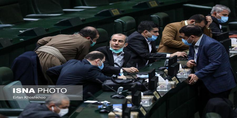 مجلس به دنبال گران کردن بنزین است؟+ فیلم