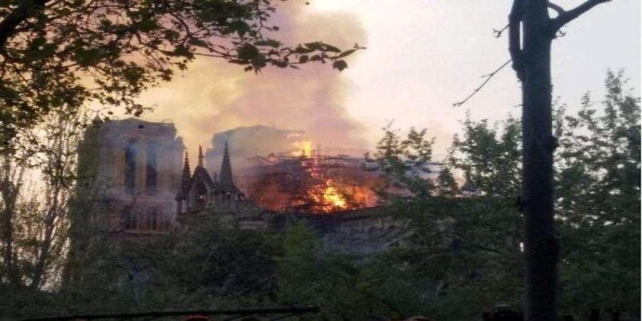وقوع آتش سوزی شدید در پاریس