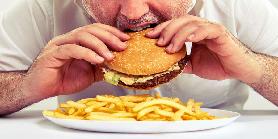 مصرف حتی کم این غذاها موجب چاقی میشود