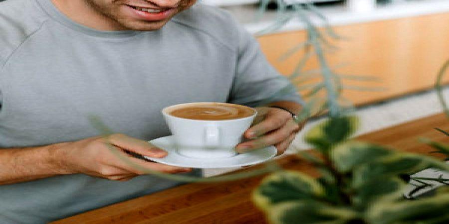 مضرات نوشیدن  قهوه به صورت  ناشتا