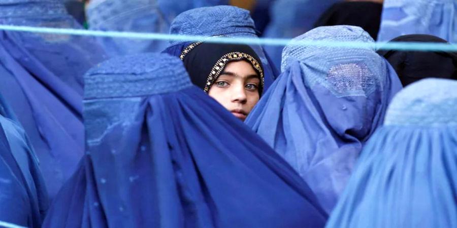 فرمان جدید طالبان به زنان: رنگ لباستان جذاب نباشد/ خوشبو از خانه بیرون نروید