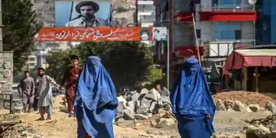 ممنوعیت جدید طالبان: زنان سرکار نروند