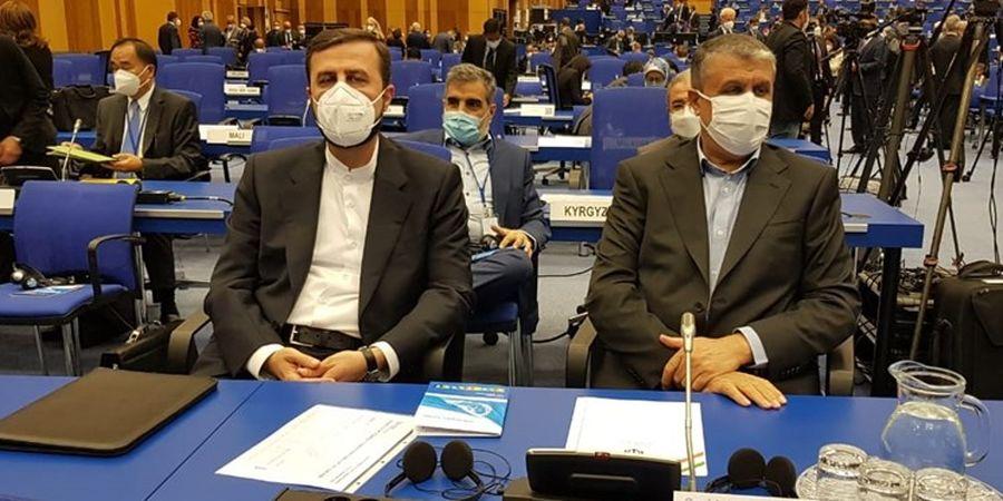 تصاویری از محمد اسلامی در مقر آژانس بین المللی انرژی اتمی در وین