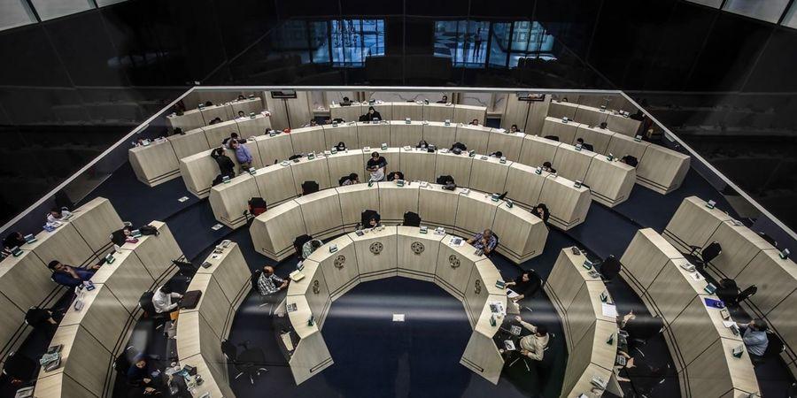 پیش بینی واکنش بورس به تغییرات سیاسی